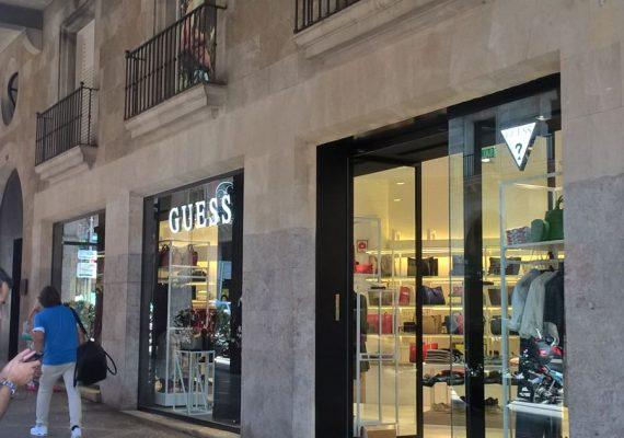 Tienda Guess en Jaume II (Palma de Mallorca)