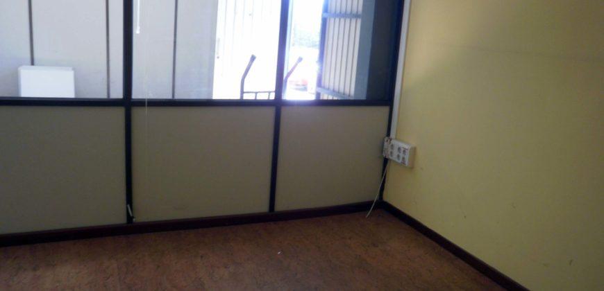 Local Avda Fisterra- con oficina